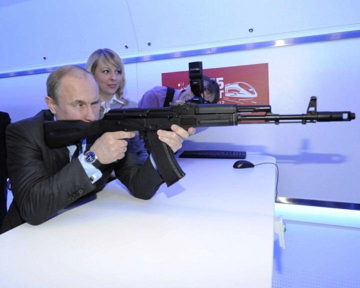 Több mint 50 milliárd dollárért rendeltek meg külföldről orosz fegyvereket