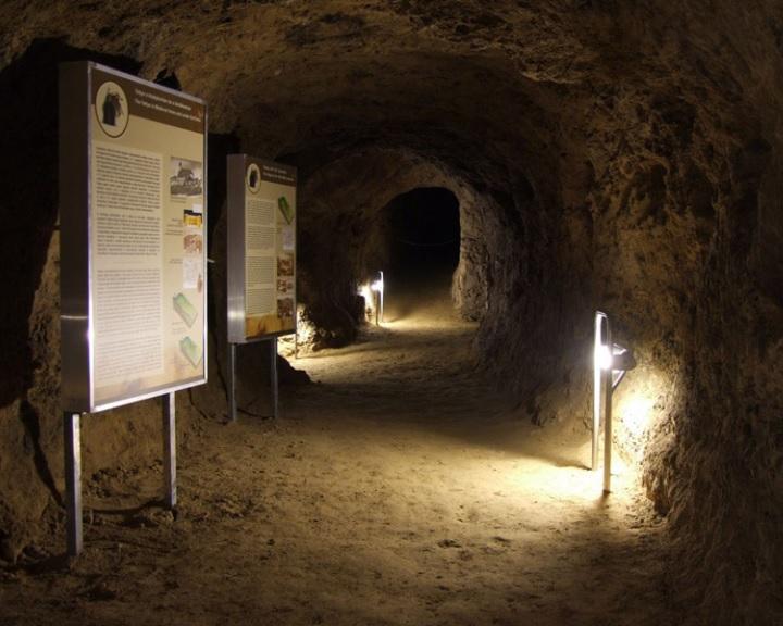 Csaknem 170 millió forintból végzik a mecseki barlangok felújítását