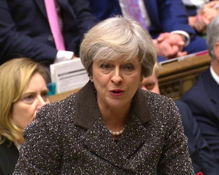 Brexit - Benyújtotta a brit kormány a szükséges parlamenti határozattervezetet