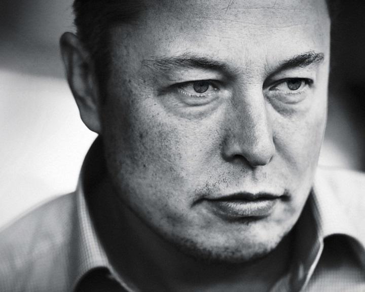 Elon Musk: az automatizálás hamarosan szükségessé fog tenni egy alapjövedelmet