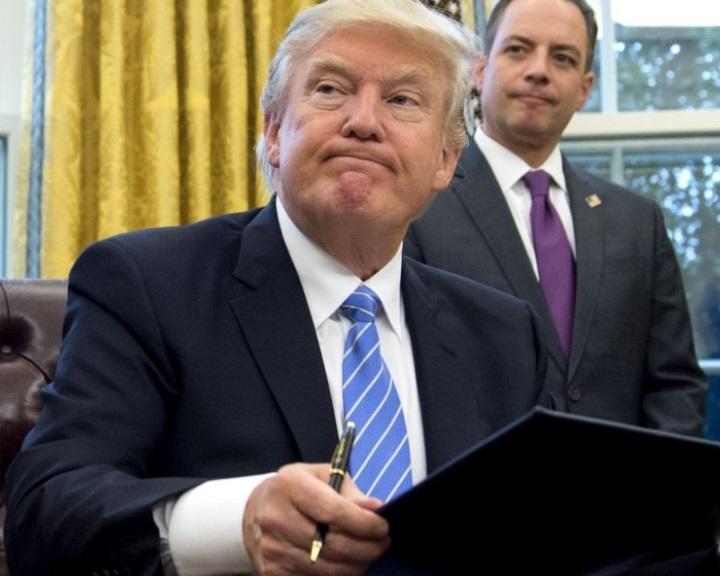 Új elnöki rendeletet írt alá a beutazás korlátozásáról Donald Trump