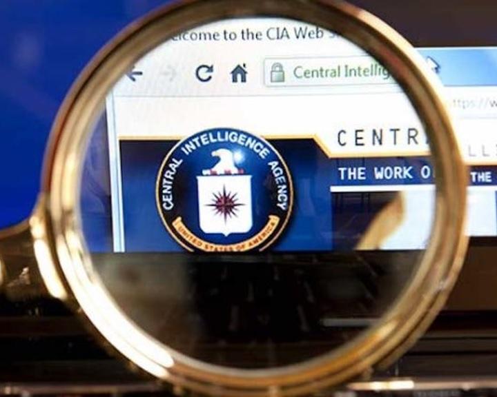 A CIA az USA ellenségeinek segítésével vádolja a WikiLeaks portált