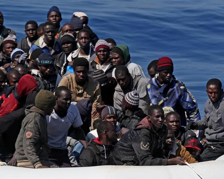 Líbia 800 millió eurós segélycsomagot követel a migránshullám leállítására