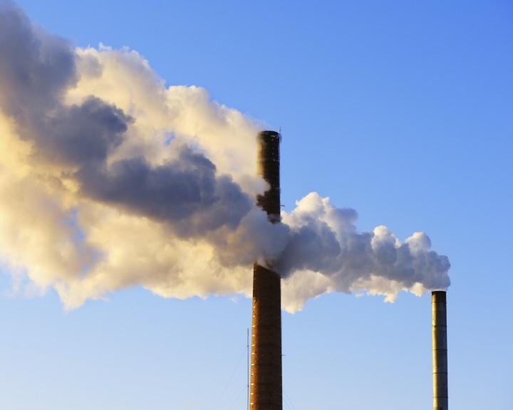 Stagnál a szén-dioxid-kibocsátás