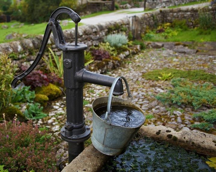 Drámai ütemben apasztja a felszín alatti víztartalékokat az élelemtermelés