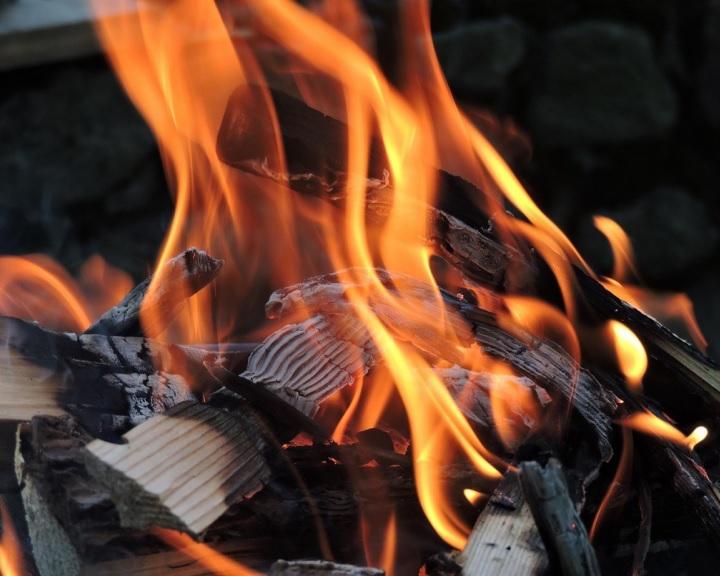 Feloldották a tűzgyújtási tilalmat