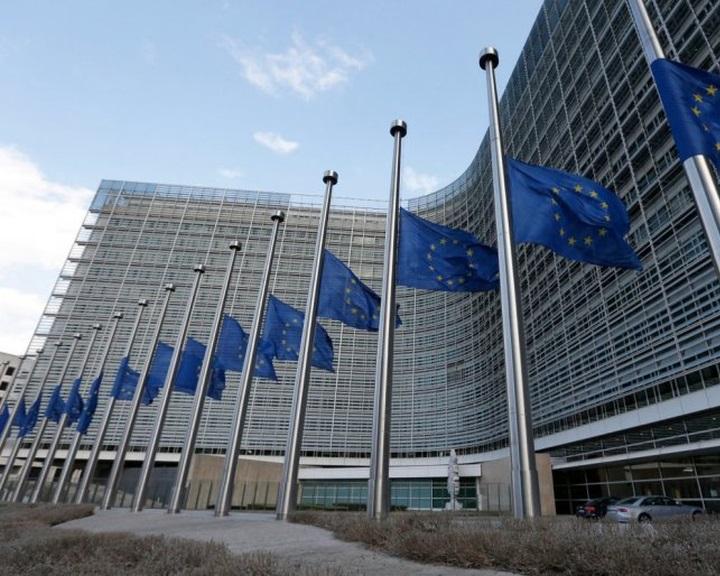 Az EB két kötelezettségszegési eljárást is új szakaszba léptetett