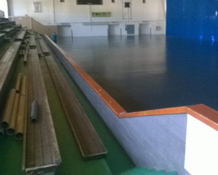 Kórusok avatják a sportcsarnok padlóját
