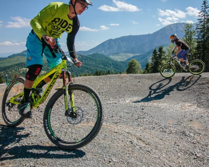 Aláírásgyűjtés a komlói kerékpáros park létrehozásáért