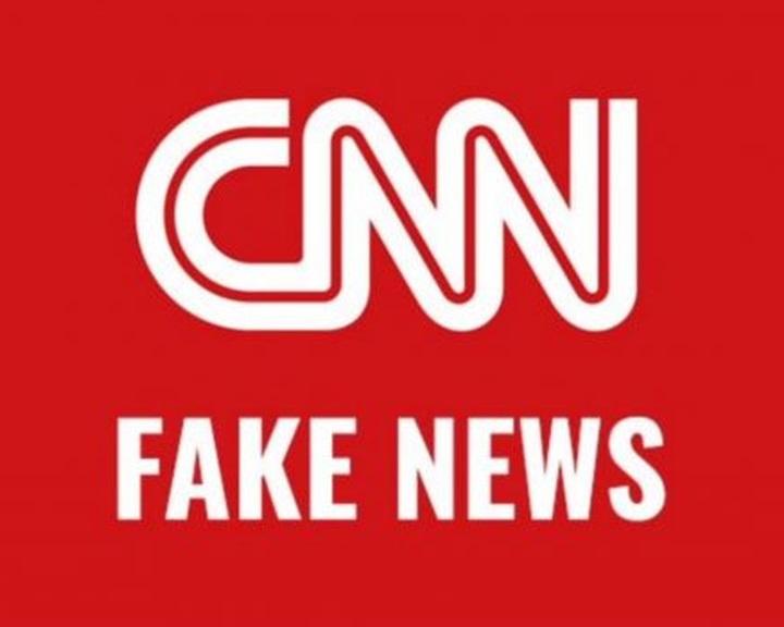 Fake News: Távoznia kellett a CNN hírtelevíziótól három újságírónak
