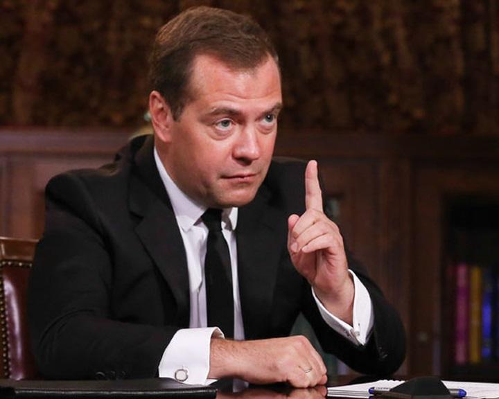 Moszkva a jövő év végéig meghosszabbíthatja az EU-val szembeni ellenszankciókat
