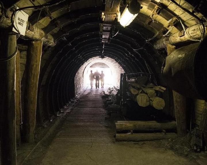 Aradszki: sikertörténet a bányászati koncessziós pályázatok kiírása