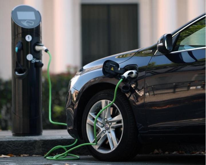 Az elektromos autózás terjedésével az áramhálózatoknak is lesznek gondjaik
