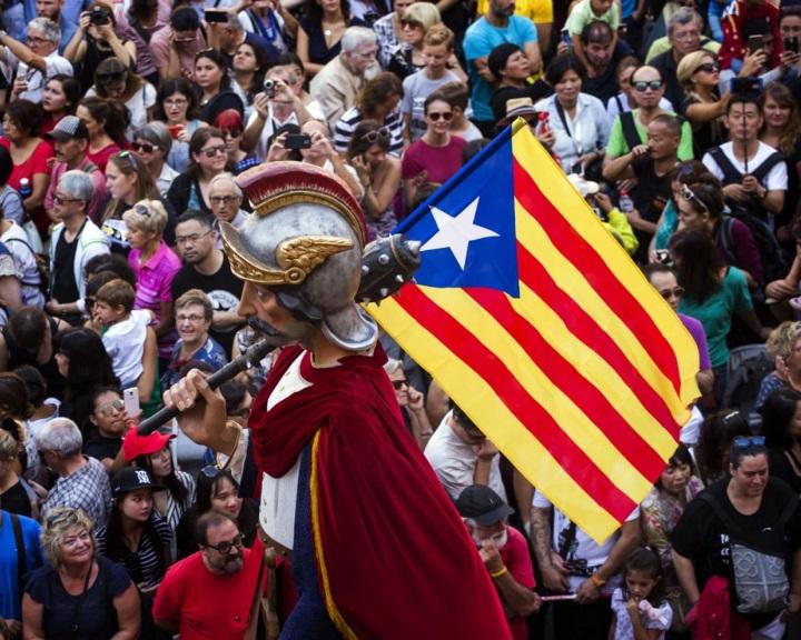 A katalán helyzet miatt csúszik a jövő évi spanyol költségvetés