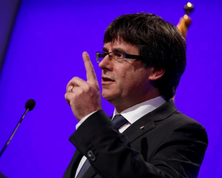 Katalónia napokon belül kikiáltja függetlenségét