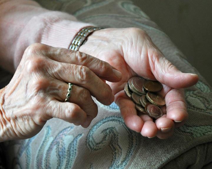 Nyugdíj: vészesen közel az összeomlás
