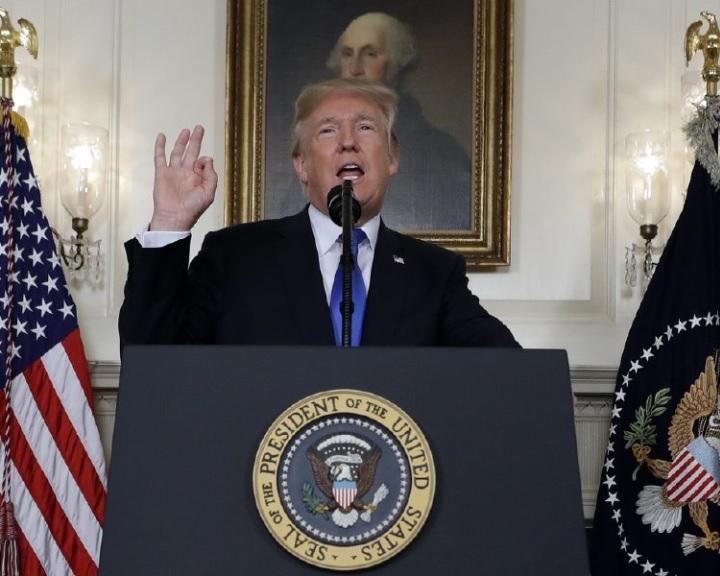Trump nem írta alá az iráni atompaktumot