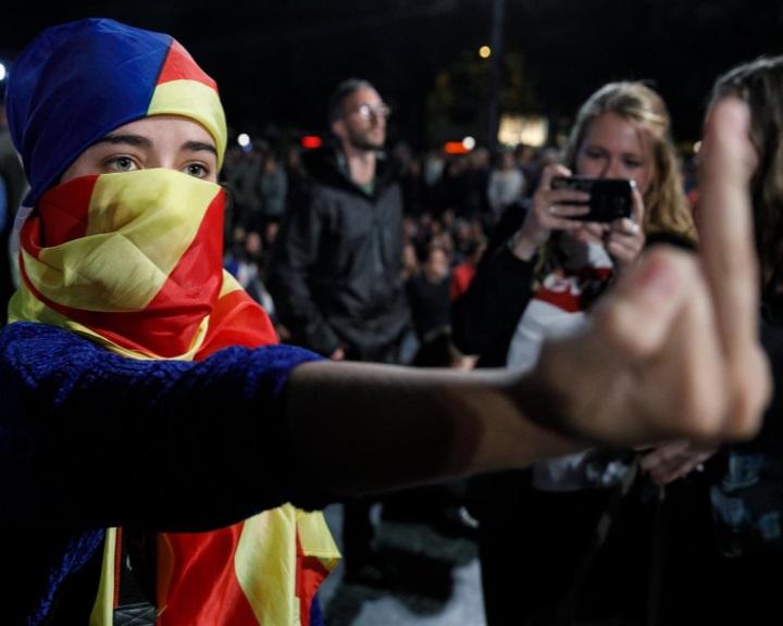 Megszavazták a Katalán Köztársaság függetlenségét kinyilvánító javaslatot