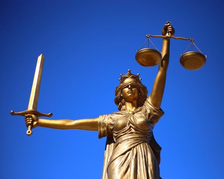 Timmermans: az Európai Unióban létfontosságú az igazságügyi rendszerek összehangolása