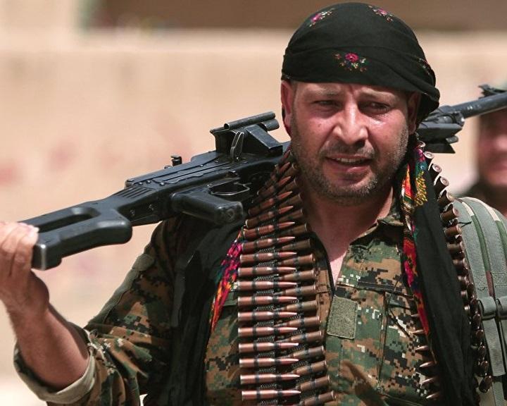 A Pentagon még nem állította le a fegyverszállításokat a szíriai kurdoknak
