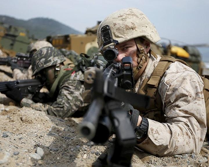 Minden eddiginél nagyobb amerikai-dél-koreai hadgyakorlat az észak-koreai fenyegetéssel szemben