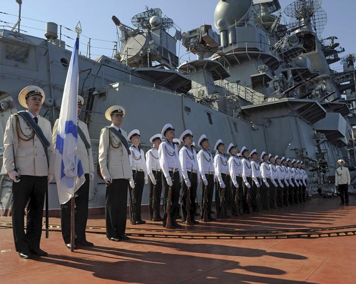 Szíria - Moszkva megkezdte az állandó hadseregcsoport felállítását