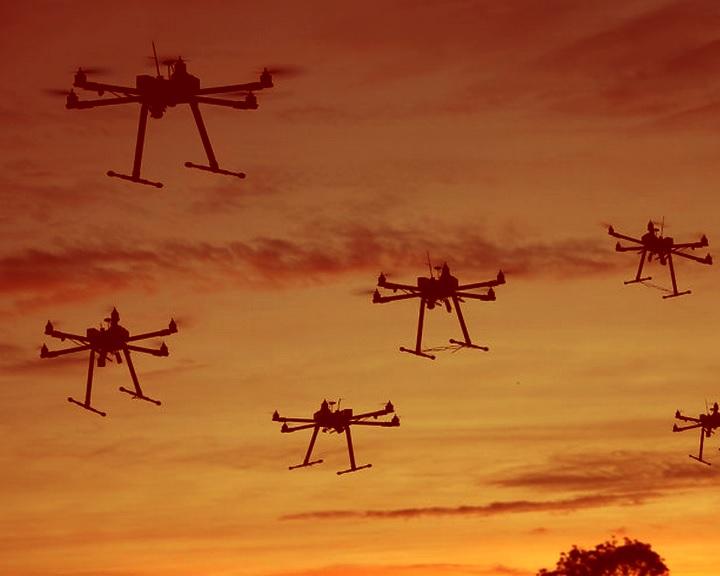 Moszkva a mérsékelt ellenzéket vádolta meg a bázisai elleni dróntámadással