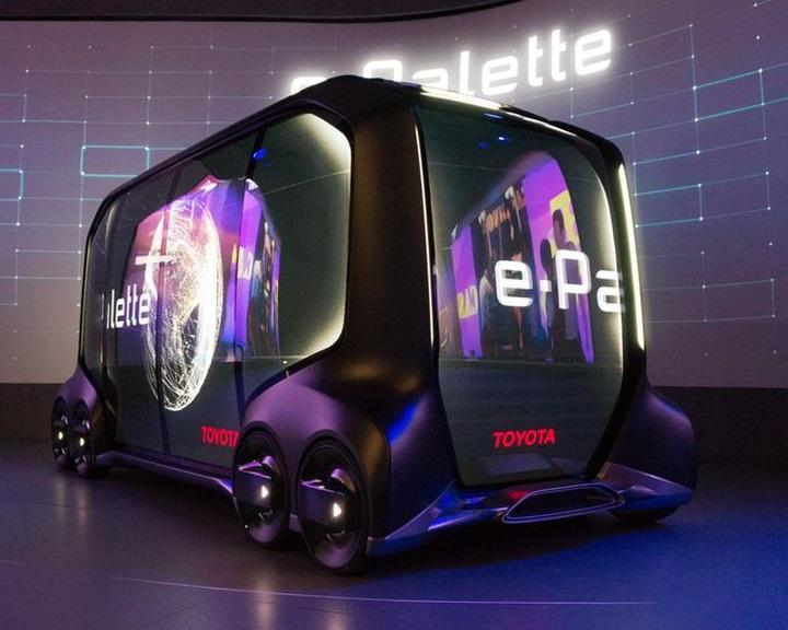 Többfunkciós robotjárművet álmodott meg a Toyota