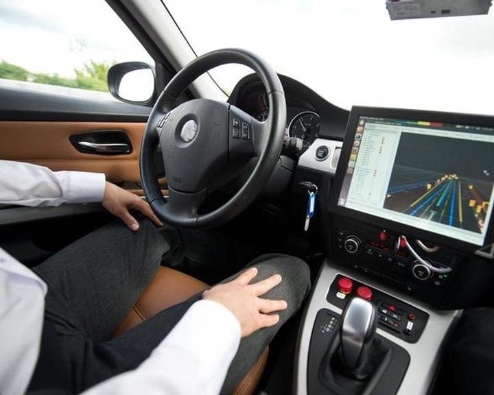 A részben automatizált vezetés rosszabb lehet, mint a mostani helyzet