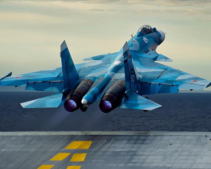 Putyin: 215 féle korszerű fegyvert vetettek be az orosz katonák