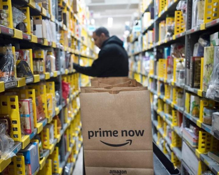 Karperecet akar rakni dolgozóira az Amazon