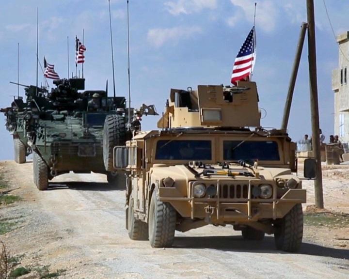 Lavrov: Washington sokáig fenn akarja tartani a jelenlétét Szíriában