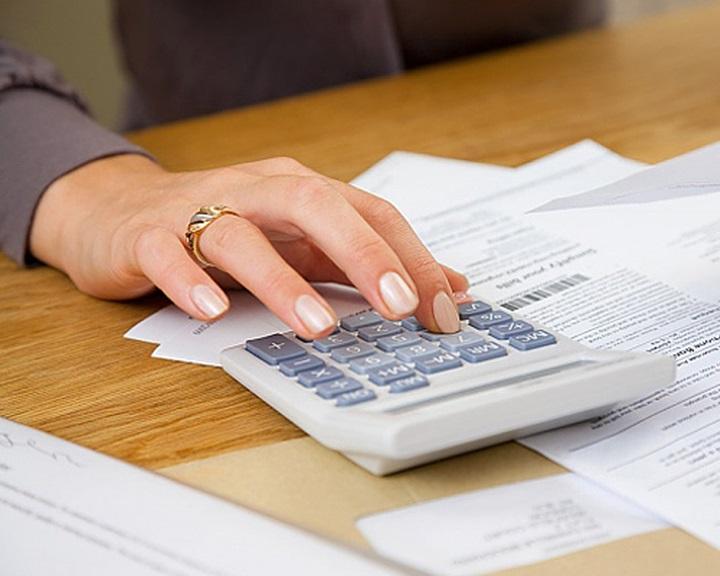 Célszerű átnézni az adóbevallási-tervezeteket