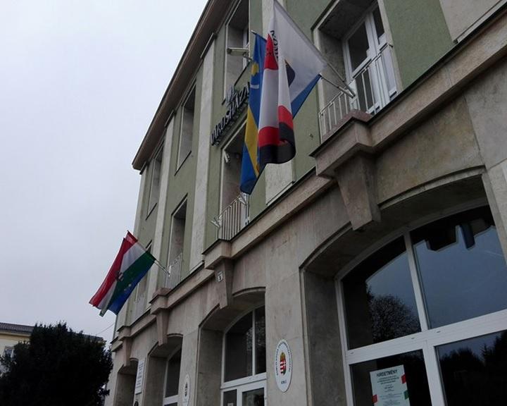 Félmilliárdos szociális projekt indul a Komlói járásban