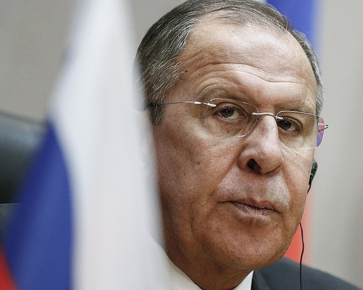 Lavrov: keményen óva intettük Washingtont a Damaszkusz elleni csapástól