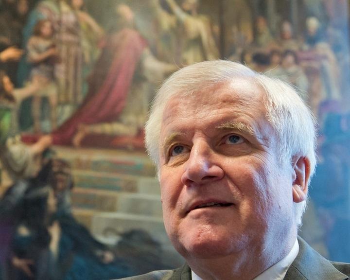 Horst Seehofer: az iszlám nem tartozik hozzá Németországhoz