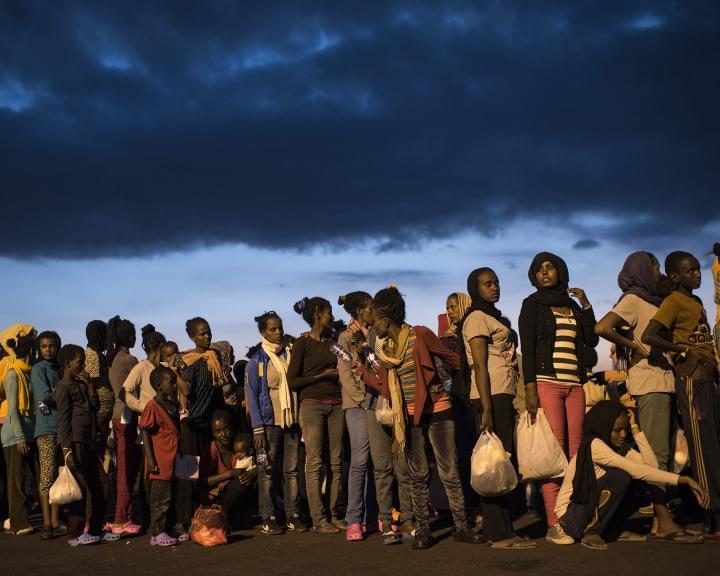Pew: milliók tervezik, hogy Afrikából Európába és az Egyesült Államokba vándorolnak