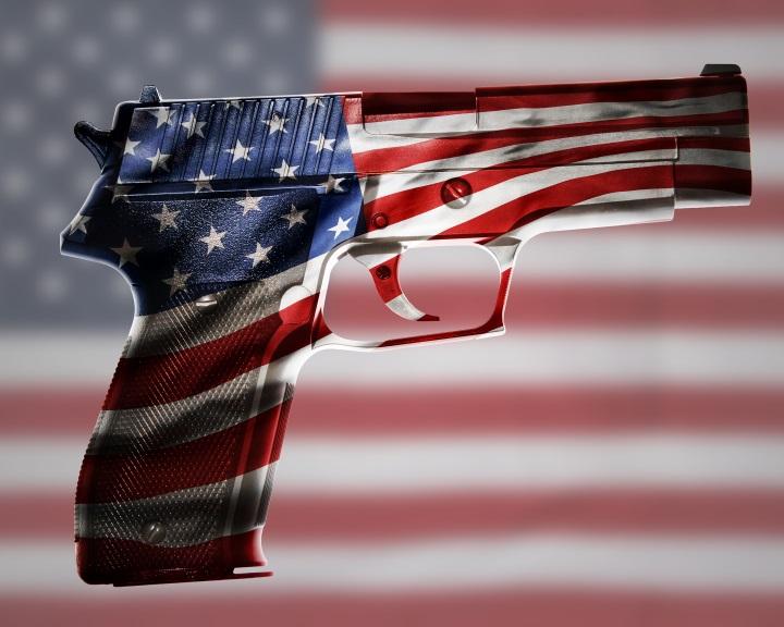 USA: Javaslat a fegyvertartásra vonatkozó alkotmányos kiegészítés eltörlésére