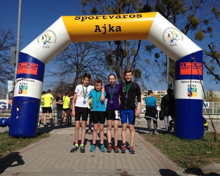Előkelő helyen szerepeltek a Hélix triatlonosai