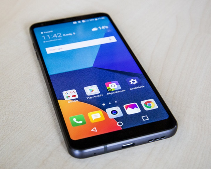 A feltöltőkártyás mobiltelefont használóknak idén is egyeztetniük kell adataikat