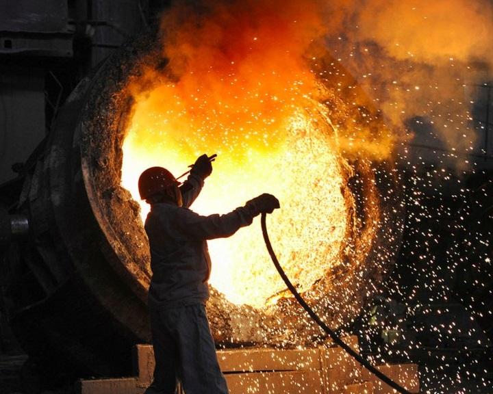 Meghosszabbította az EU az acéláruk dömpingvámját
