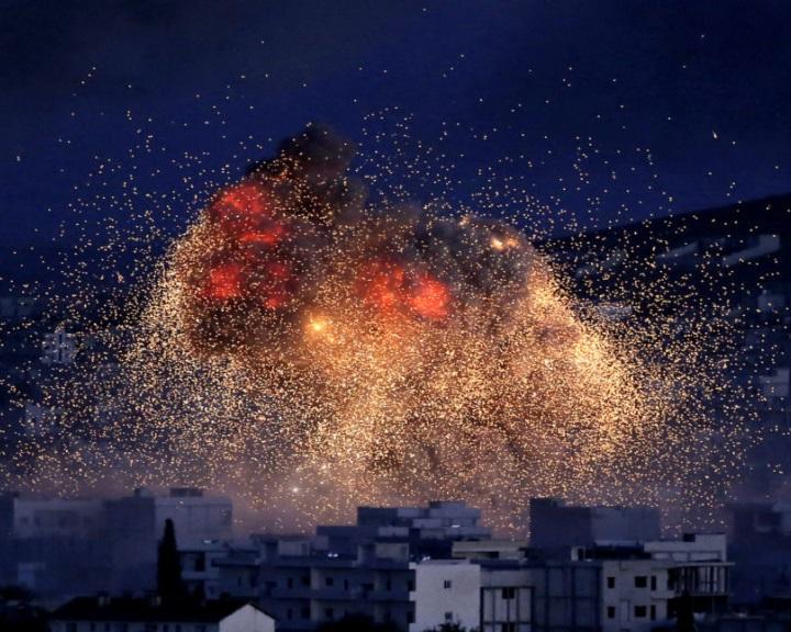Izrael elismerte, hogy légicsapást mért egy szíriai katonai támaszpontra