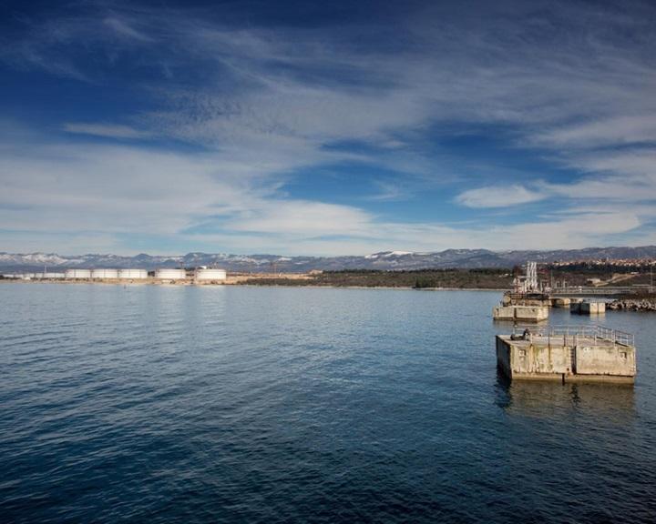 Az LNG-terminál építésének felgyorsításáról fogadott el törvénytervezetet a horvát kormány