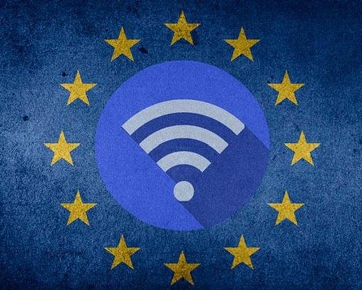 Keddtől lehet pályázni az ingyenes wifi-hozzáférési pontok létesítésére