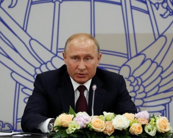 Hatályba lépett a Nyugattal szembeni ellenszankciókról rendelkező orosz törvény