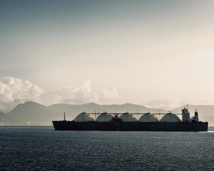 Megszavazta a horvát parlament az LNG-terminál építésének felgyorsításáról szóló törvényt