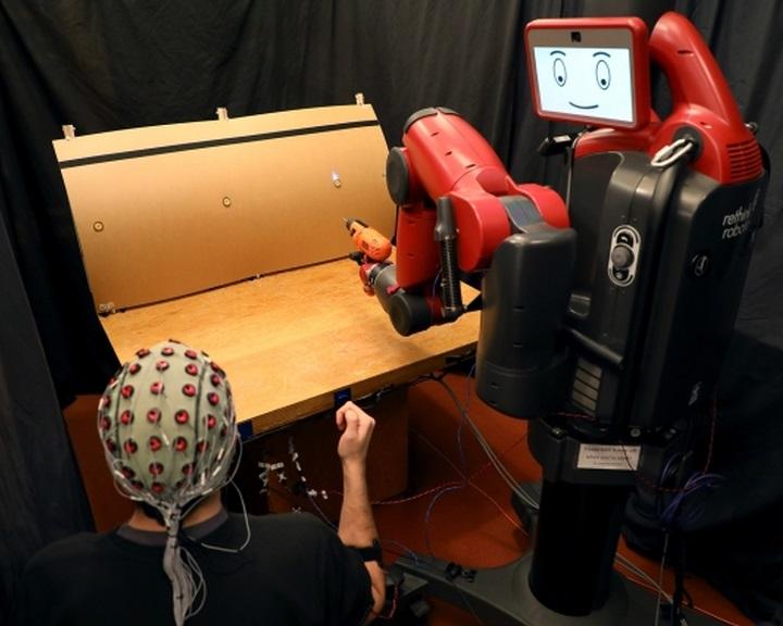 Hatékonyabbak a gondolatvezérlésű robotok