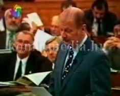 Az 1007-es kormányrendeletről a Parlamentben - Mi lesz a komlói bányák sorsa (dr. Szabó Iv