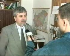 Mennyi pénz lesz az utakra, járdákra 1999-ben (Polics József)