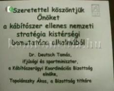 Drogkonferencia a városházán (Dr. Szemelyenc János)